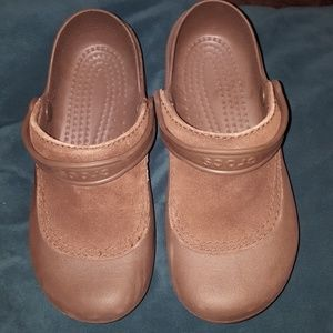 Brown Crocs with Leather accents. Size 7.